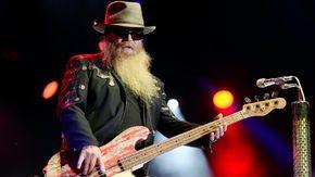 Morto a 72 anni il bassista degli ZZ Top Dusty Hill