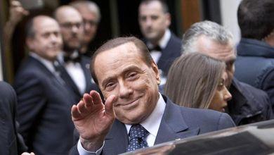 Renzi Berlusconi, l'Italicum in una stanza