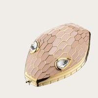 La borsa gioiello a testa di serpente