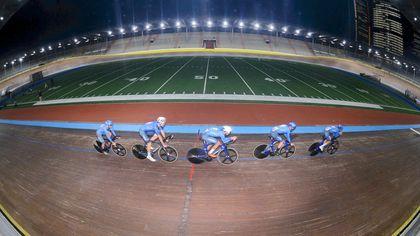 Si accendono le nuove luci al velodromo Vigorelli con gli spazi per il ciclismo appena rifatti