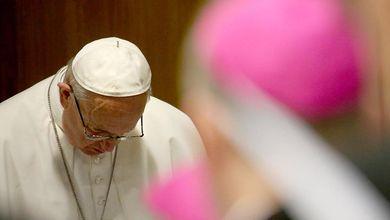 In Vaticano sono arrivate 2.200 nuove accuse di pedofilia da quando c'è papa Francesco