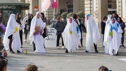 Non Una di Meno, Flashmob in piazza Castello a Torino