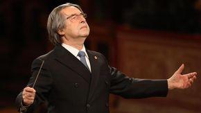 Riccardo Muti festeggia 80 anni, due mostre e un concerto per celebrare il Maestro a Napoli