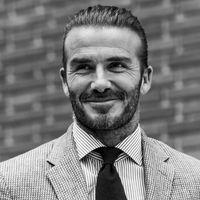Buon compleanno David Beckham, il sex symbol formato famiglia