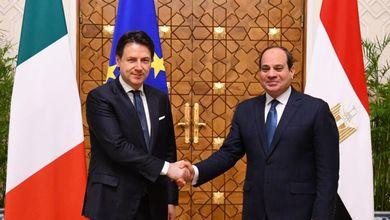 Così l'Italia ha venduto due navi da guerra all'Egitto nel silenzio di agosto. Perdendo soldi