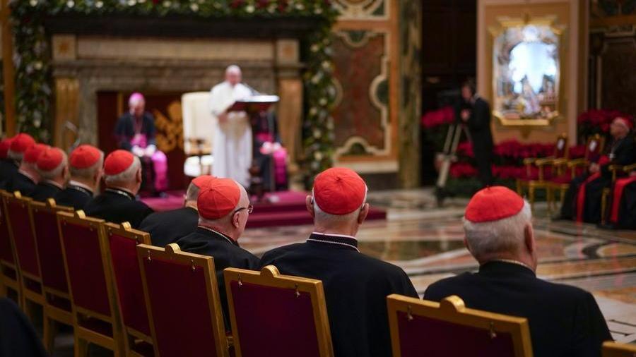 Sacri stipendi, ecco quanto guadagnano cardinali e vescovi