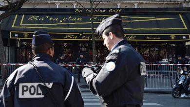 Le armi dei terroristi del Bataclan comprate a 200 euro nel cuore d'Europa