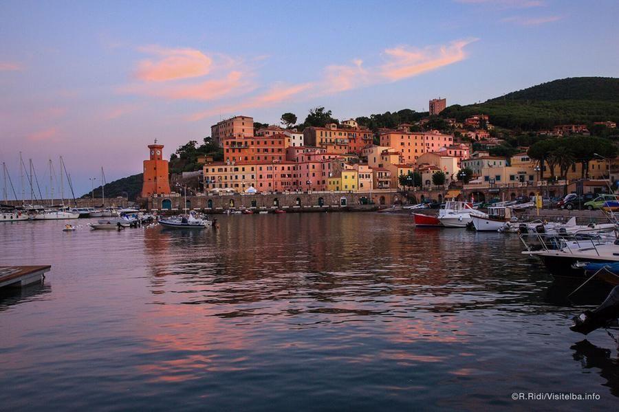 L'Isola d'Elba riapre ai turisti: prenotazioni aperte e piano operativo per andare al mare in sicurezza