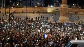 No Green Pass, manifestazioni e fiaccolate in mezza Italia