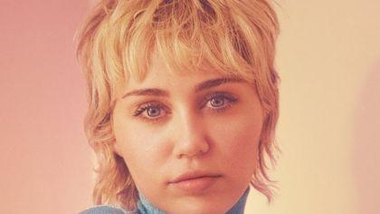 Miley Cyrus è la nuova testimonial di Gucci Beauty