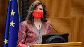 Minacciarono Casellati sui social, denunciati un teramano e un veronese: nessun legame con frange estremiste
