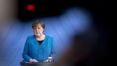 La fine dell'era di Angela Merkel rischia di dividere di nuovo la Germania in due