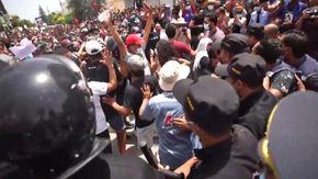 Tunisia, manifestazioni per chiedere lo scioglimento del Parlamento