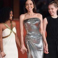 Angelina Jolie e le figlie sul red carpet della Festa del Cinema di Roma