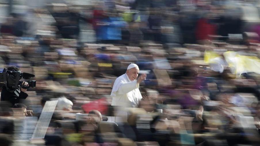 El Papa a CL: sean las manos, los pies y el corazón de una