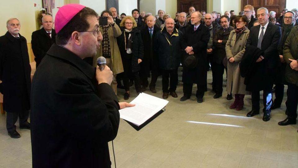 Auguri Di Buon Natale Al Vescovo.Anno Nuovo Gli Auguri Del Vescovo Farinella Serviamo La
