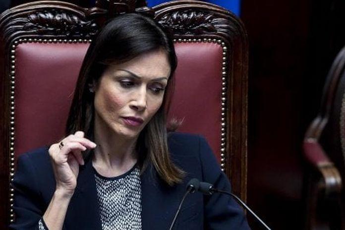 """Carfagna a Renzi: """"Forza Italia Viva? È una suggestione, se governo cade"""". L'ex premier: """"Porte aperte ai dirigenti"""""""