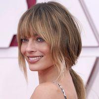 Margot Robbie, il nuovo hairstyle con frangia è da Oscar