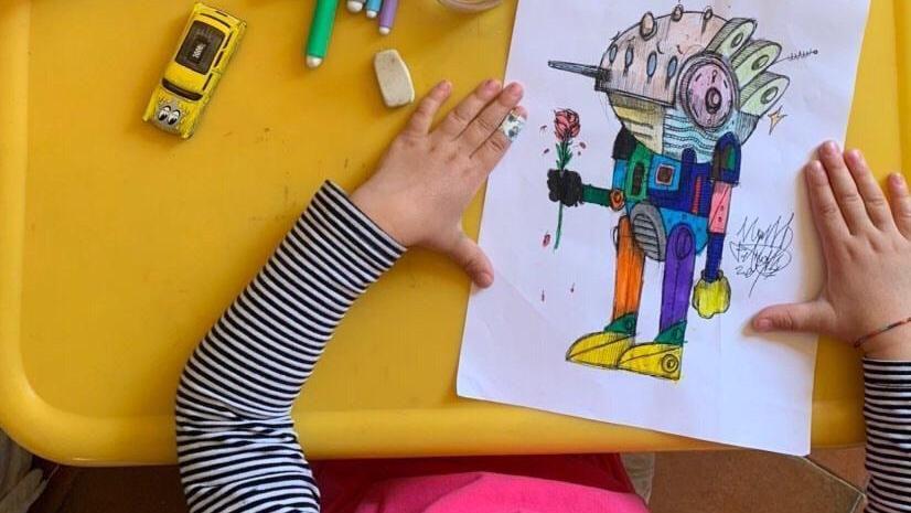 Come Colorare Un Disegno.Un Disegno Contro La Noia Nelle Case Arriva Il Coloravirus La Stampa