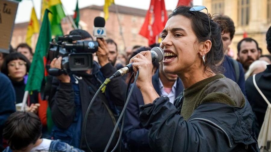 """Gli antagonisti diventati foreign fighters: """"Aiutiamo i curdi ..."""