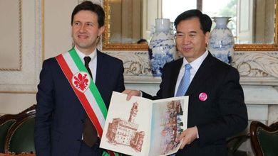 Dario Nardella fa il sindaco di Firenze<br /> ma si dimentica dei suoi studenti