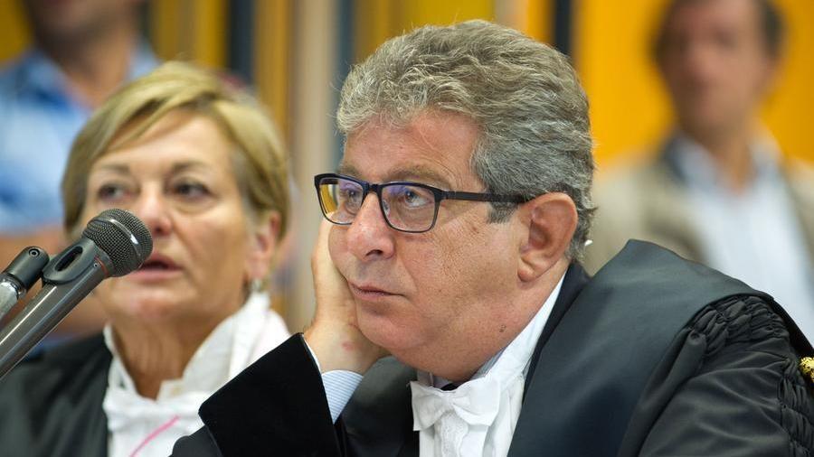 'Ndrangheta, maxi blitz con oltre 300 arresti. Fermato ex parlamentare di Forza Italia – La Stampa