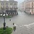 Maltempo, a Catania strade come fiumi e lago in piazza Duomo