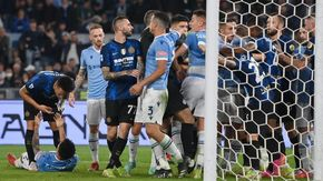 Lazio fatale per Inzaghi, nerazzurri ko a Roma 3-1. Tensione e rissa tra giocatori nel finale