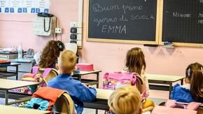 Bimbi in quarantena a Canelli, positivi anche 15 genitori