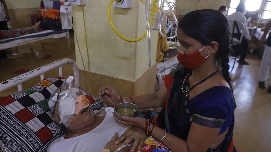 In India è allarme 'fungo nero' per i malati di Covid. Migliaia colpiti, muore uno su due