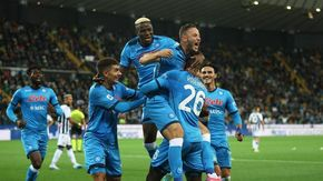 Napoli inarrestabile, è solo in testa: stesa l'Udinese 0-4