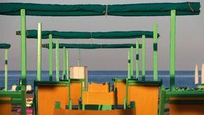 Covid, a Forte dei Marmi stop alle feste in spiaggia