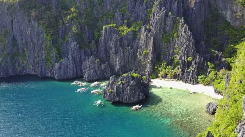 La classifica delle 50 isole più belle del mondo (una è in Italia)