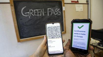 Rifiutano il Green Pass, cinque educatori sospesi nelle scuole comunali di Torino