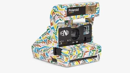 La Polaroid logata