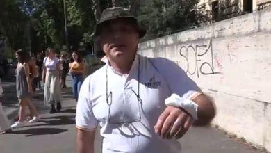 Giornalisti aggrediti nelle manifestazioni contro il green pass, la solidarietà del cdr dell'Espresso