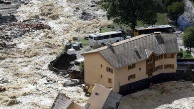 Ecco quanto costa il clima che cambia: danni record nel mondo per incendi e alluvioni