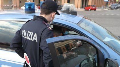 Roma, rapina in banca a Trastevere: banda del buco messa in fuga dal direttore