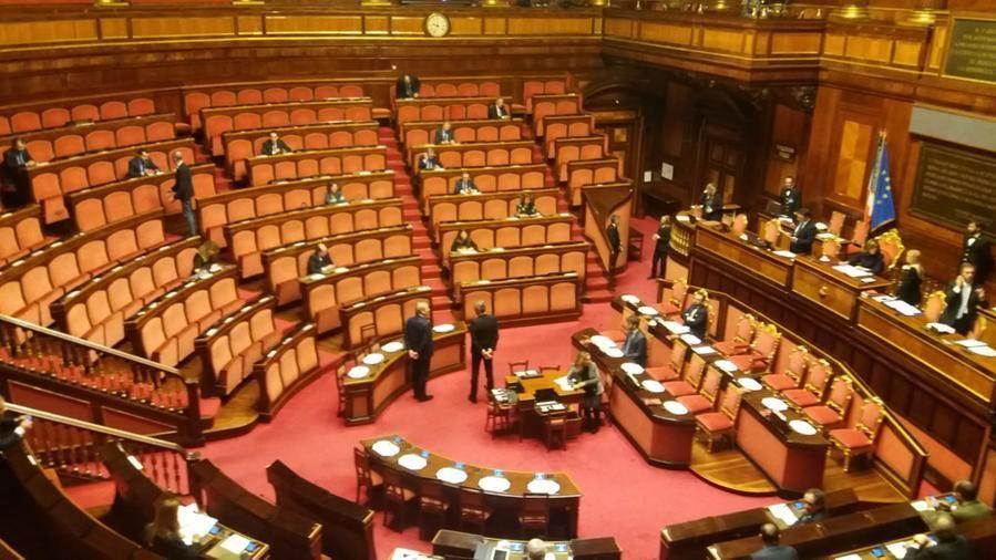 """Il Senato """"svuotato"""" dal virus: in aula solo in 37 per Bonafede ..."""