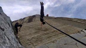 La danza acrobatica nella cava di Crevoladossola è sulle note dell'opera lirica