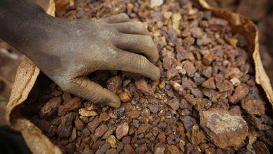 I bambini minatori nell'inferno delle cave d'oro del Burkina Faso