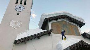 Il parroco-alpinista di Valtournenche e Cervinia, Paolo Papone, ha avuto un malore ed è stato operato ad Aosta