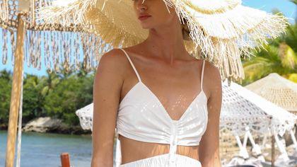 10 abiti bianchi per il mare, le feste o il rientro in città soft