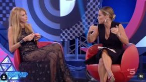Grande Fratello Vip, è guerra tra Adriana Volpe e Sonia Bruganelli