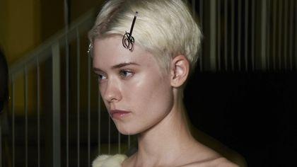Tanti modi per usare le mollette nei capelli