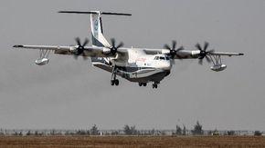 La Cina mette in mostra l'AG600, il più grande aereo anfibio al mondo