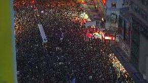 Hong Kong, oltre un milione in piazza: il corteo più grande dall'inizio della protesta
