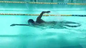 """Manuel Bortuzzo, nuotata in vasca con messaggio ai 'colleghi': """"Vi sfido in un 50 stile"""""""