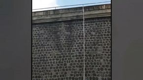 Sorpresa a Napoli, dopo 100 anni di storia un detenuto evade dal carcere di Poggioreale