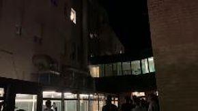 Bologna, i giocatori sotto l'ospedale per festeggiare la vittoria con Mihajlovic